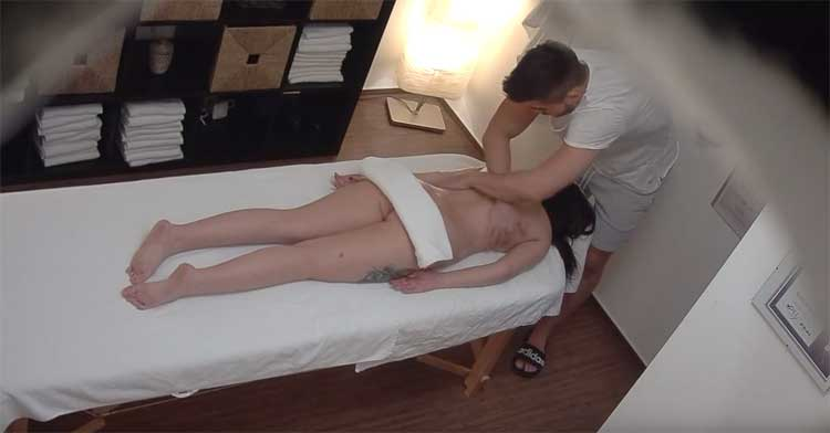 Czech Massage 355 - Erotic massage leads to squirting orgasm